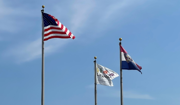 3 flags flying